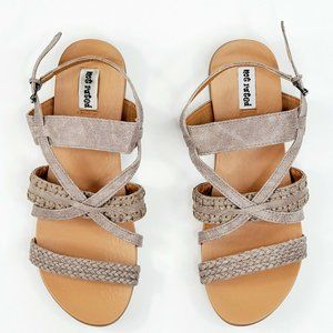 Not Rated Women's Sandals Size7/8.5/9 Grey Manm